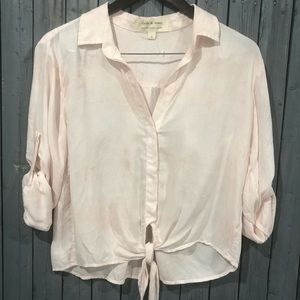 NWOT Cloth & Stone Front Tie Button Down Top